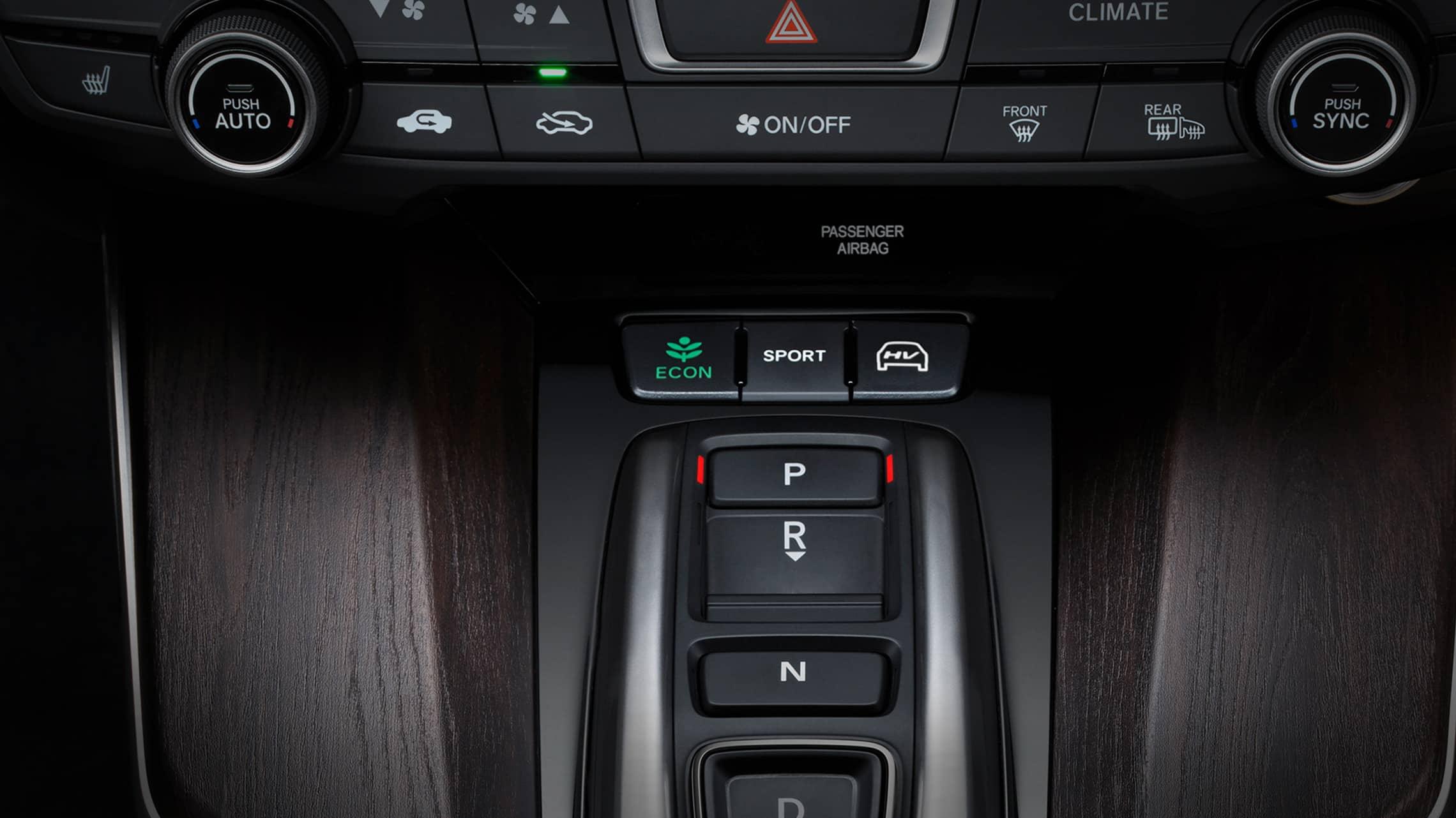 Detalle de la tecnología Shift-By-Wire en el Clarity Plug-In Hybrid2020.