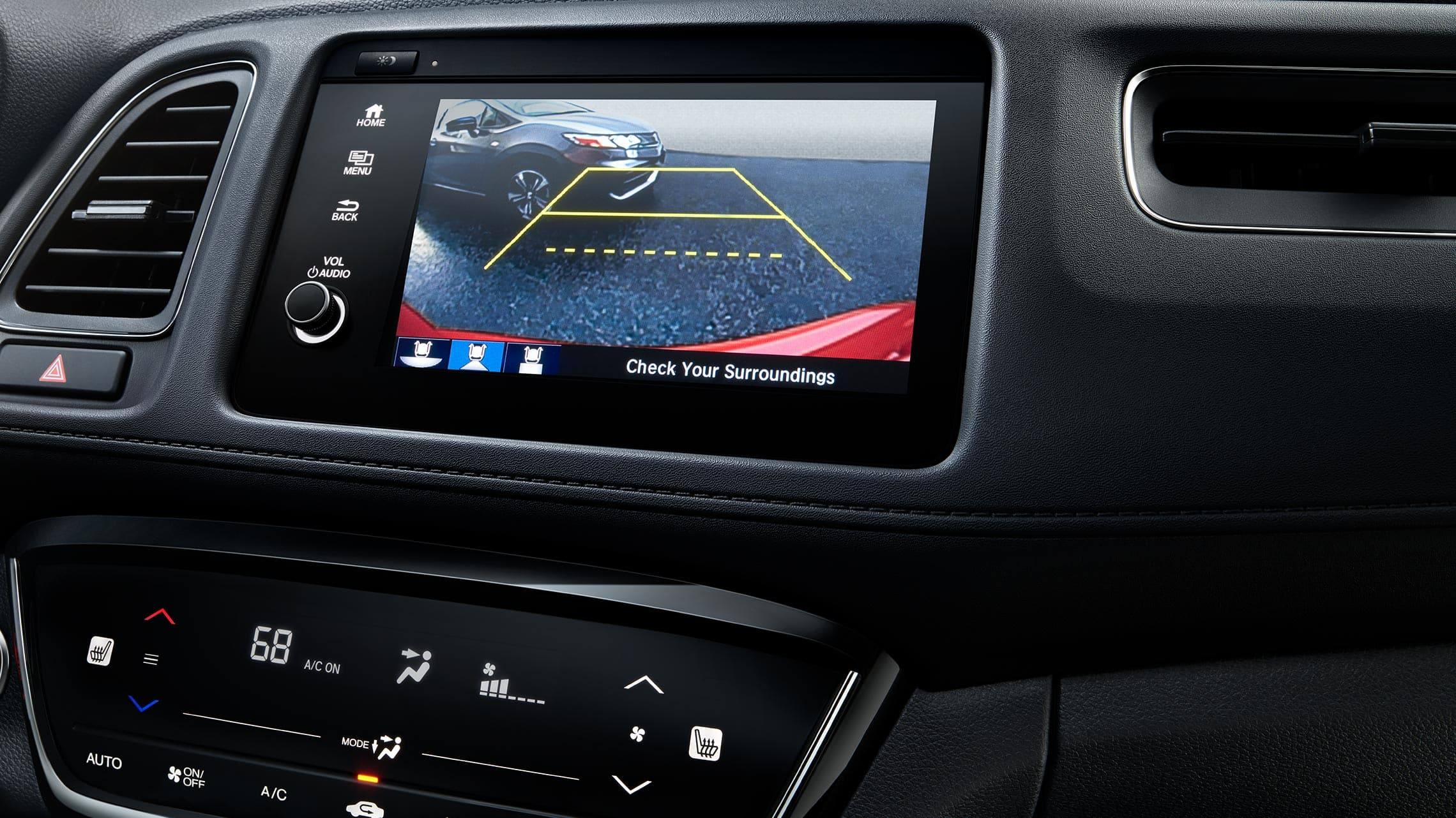 Multi-angle rearview camera detail on Display Audio touch-screen in the 2020 Honda HR-V Touring.